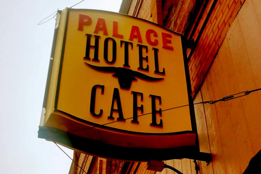 wibaux palace cafe