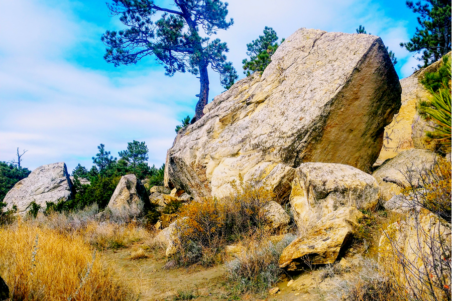 hiking the rimrocks