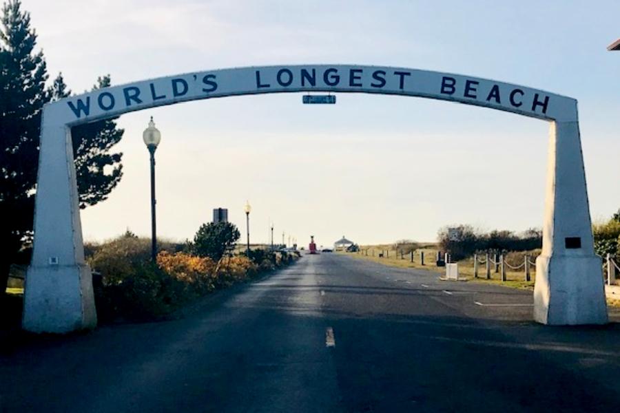 world's longest beach