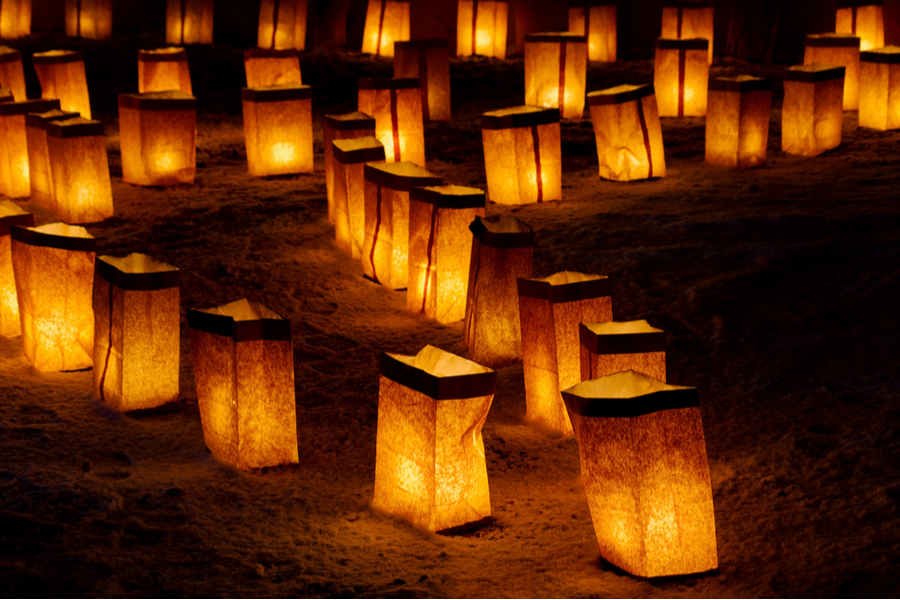 luminaries new Christmas traditions