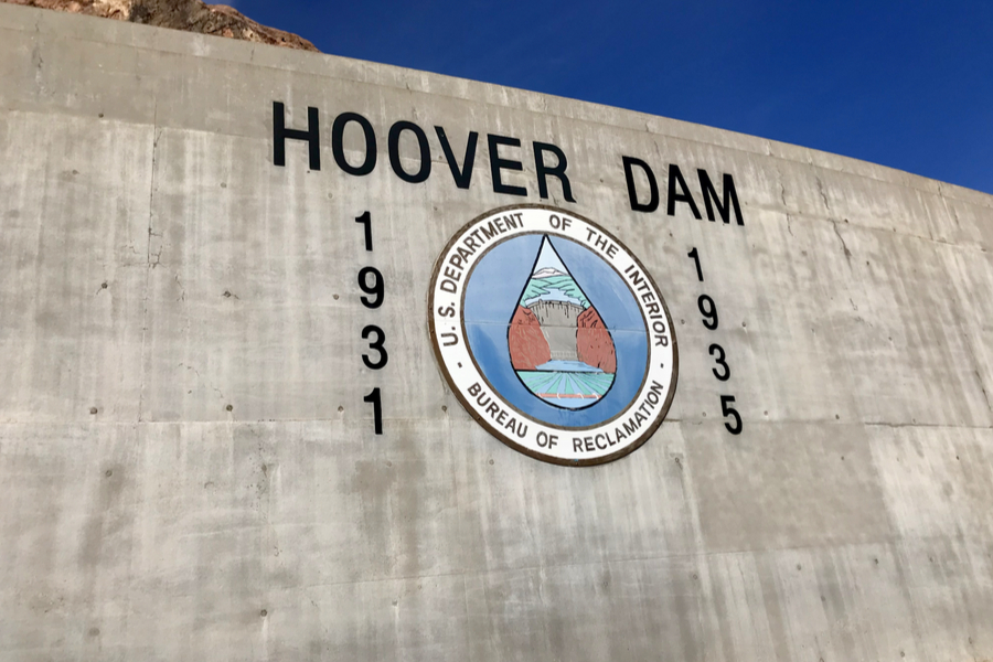 hiking to hoover dam