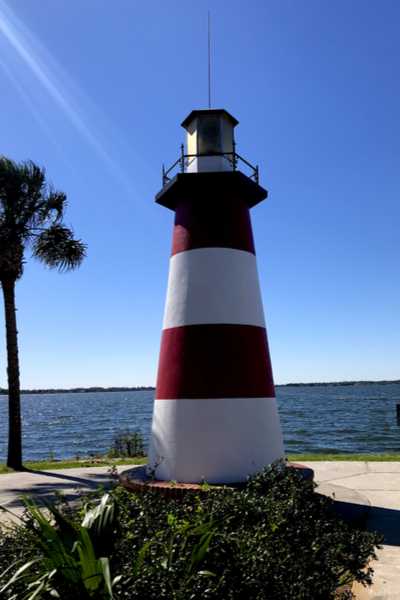 lake lighthouse