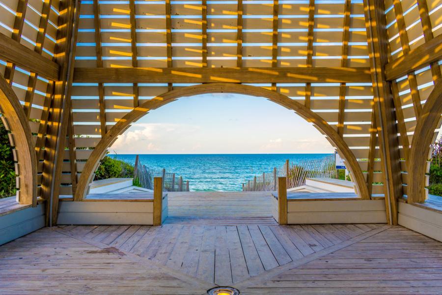 seaside pavillon