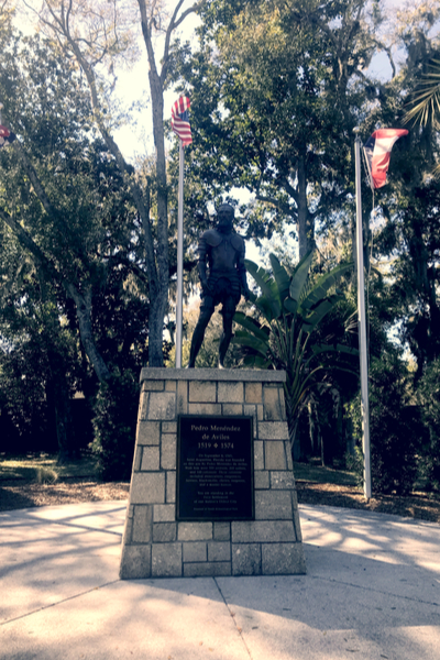 Pedro statue